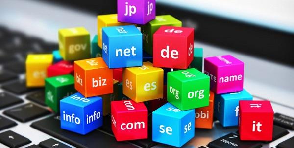 Inwestowanie w domeny internetowe, czy to się opłaca?